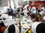Imigrantes e refugiados recebem curso gratuito de gastronomia na Capital André Ávila/Agencia RBS