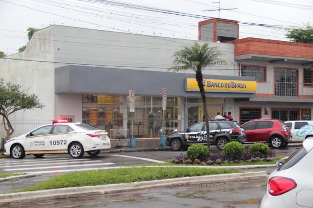 Quadrilha usou uniforme de operadora telefônica para assaltar banco no Vale do Sinos, afirma polícia Victorio Araújo/Jornal Acontece