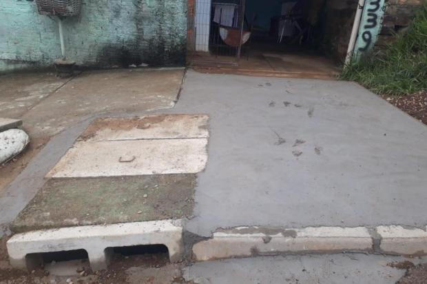 Resolvido: buraco que barrava entrada de garagem em Viamão recebe conserto arquivo pessoal/arquivo pessoal