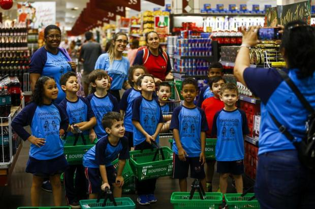 Com aula no supermercado, turminha tem lições práticas de matemática e de economia doméstica Mateus Bruxel/Agencia RBS