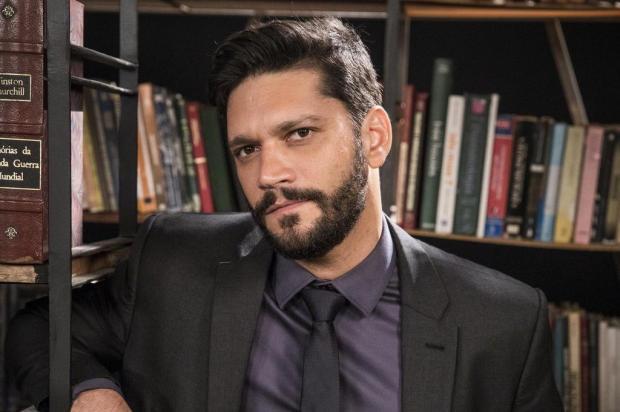 """Armando Babaioff comenta perfil do supervilão Diogo: """"É um personagem completamente amoral"""" VICTOR POLLAK/TV Globo,Divulgação"""