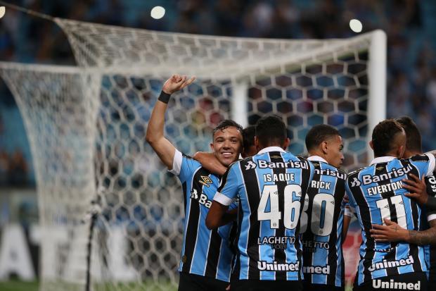 Luciano Périco: Pepê foi o cara na vitória sem dificuldades do Grêmio sobre o Cruzeiro André Avila / Agência RBS/Agência RBS