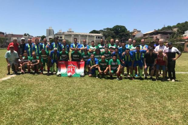Time de futebol amador completa 81 anos em Porto Alegre Jéssica Britto/Agência RBS