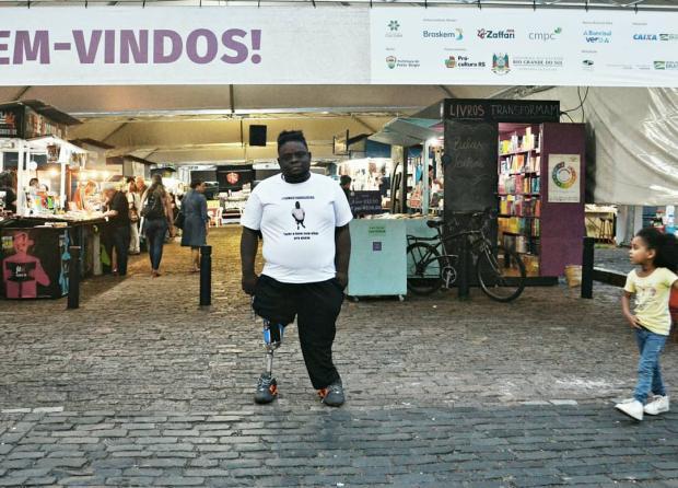 Vaquinha: morador de Porto Alegre precisa de uma prótese nova Arquivo Pessoal / Arquivo Pessoal/Arquivo Pessoal