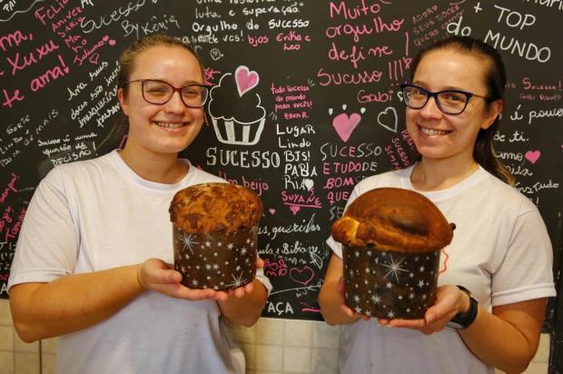 Panetones das irmãs Engroff: aprenda a fazer a receita tradicional e a de chocolate Robinson Estrásulas/Agencia RBS