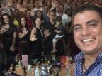 """Dhomini vende cosméticos e dá palestras motivacionais pelo Brasil 16 anos após vencer o """"BBB 3"""" Reprodução/Instagram"""