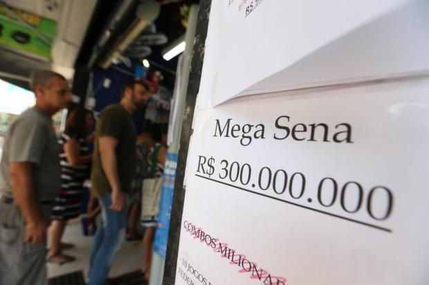 Investir, comprar 6 mil carros ou 600 apartamentos: o que é possível comprar com o prêmio da Mega da Virada Lauro Alves/Agencia RBS