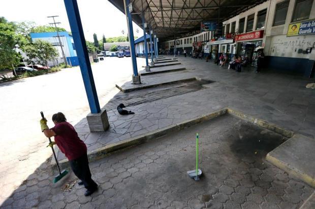 Passageiros e trabalhadores reivindicam melhorias na rodoviária de São Leopoldo Lauro Alves/Agencia RBS