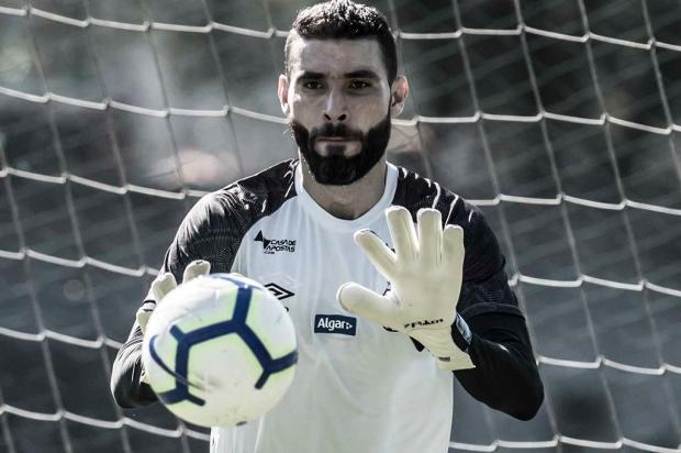 Guerrinha: Vanderlei chega para resolver o problema no gol do Grêmio Ivan Storti / Santos/Divulgação/Santos/Divulgação