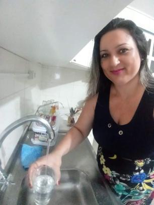 Moradores de Viamão e Alvorada relatam que água sai das torneiras com gosto e cheiro ruins Arquivo pessoal / Divulgação/Divulgação