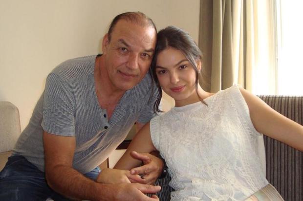Pai da atriz Isis Valverde é velado em Minas Gerais Reprodução/Facebook