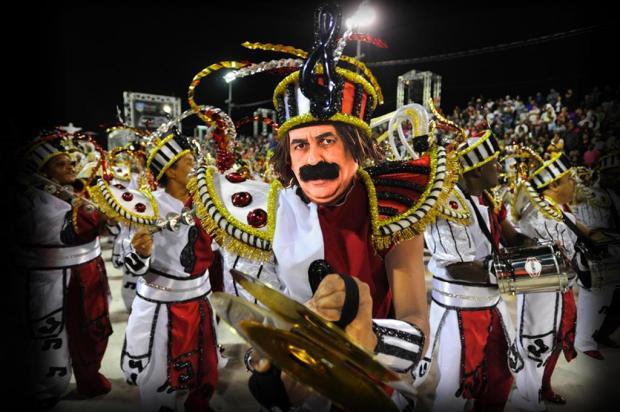 Guri de Uruguaiana entra no clima do Carnaval e dá o seu pitaco sobre a folia no país Montagem/Em foto de Félix Zucco