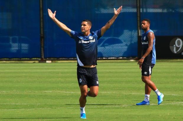 Guerrinha: a troca que está caindo de madura no Grêmio para o Gre-Nal Tadeu Vilani/Agencia RBS