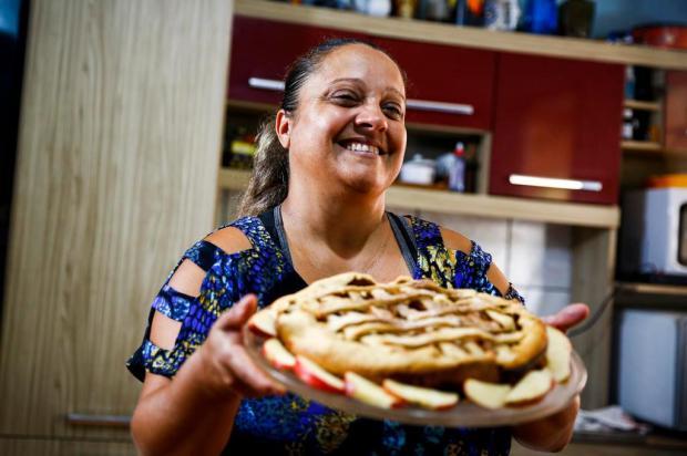 Torta de maçã da Luciane: aprenda o passo a passo da tradicional sobremesa Mateus Bruxel/Agencia RBS