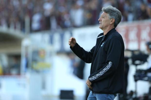 Luciano Périco: a solução que Renato precisa encontrar no time do Grêmio Lauro Alves/Agencia RBS