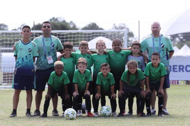 Em busca do Mundial: time sub-8 de Gravataí quer jogar em torneio na Europa Mz Artys/Reprodução