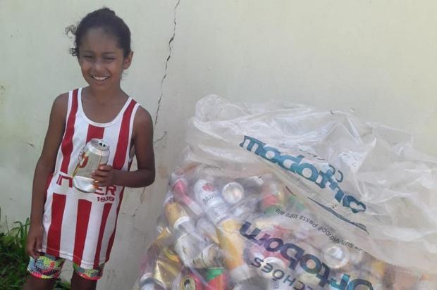 Em Canoas, menina de oito anos junta latinhas para ajudar cães abandonados Arquivo pessoal/Arquivo pessoal