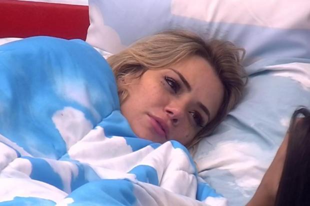 """""""BBB 20"""": Marcela chora após eliminação de Daniel e analisa: """"Se as pessoas gostassem da gente, ele não ia sair"""" Reprodução/Globo"""