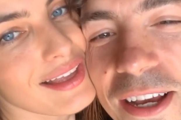 """Isabeli Fontana reencontra Di Ferrero após marido se curar do coronavírus: """"Foi difícil"""" Instagram/Reprodução"""