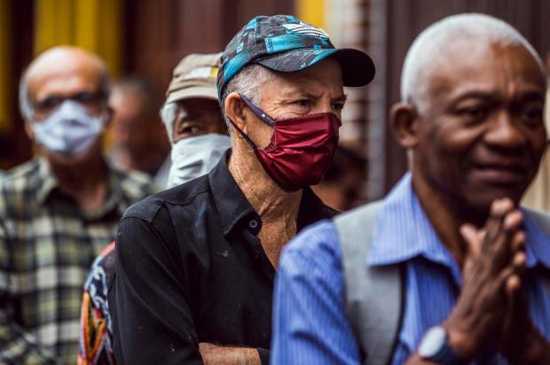 Cacalo: o ser humano e a pandemia Omar Freitas/Agencia RBS