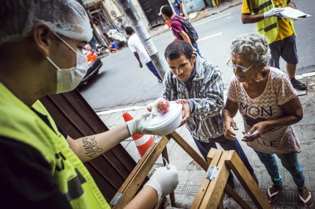 Restaurantes populares de Porto Alegre passam a oferecer refeições em marmitas Omar Freitas/Agencia RBS