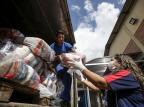 """ONGs da Capital recebem cestas básicas doadas peça ação """"Solidariedade contra o coronavírus"""" André Ávila/Agencia RBS"""