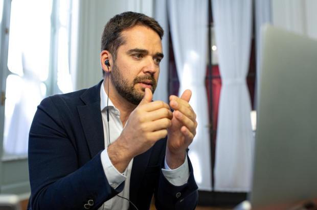 Redução de ICMS, aumento de IPVA, corte em desonerações: veja os detalhes da reforma tributária proposta por Leite Gustavo Mansur/Palácio Piratini/Divulgação