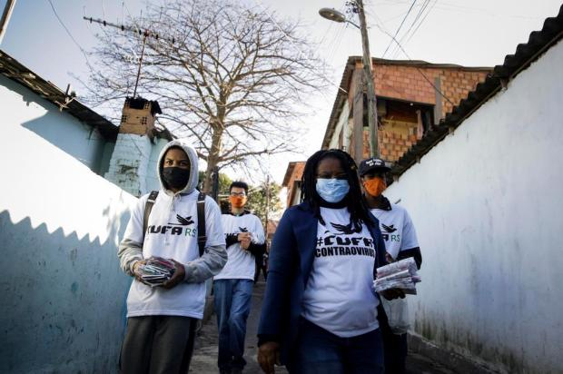 Grupo RBS, Lebes e Renner promovem novas entregas de máscaras em Porto Alegre Mateus Bruxel/Agencia RBS
