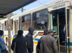 Ministério Público entra com ação para que prefeitura de Porto Alegre cumpra regras de ocupação nos ônibus Tiago Boff/Agencia RBS