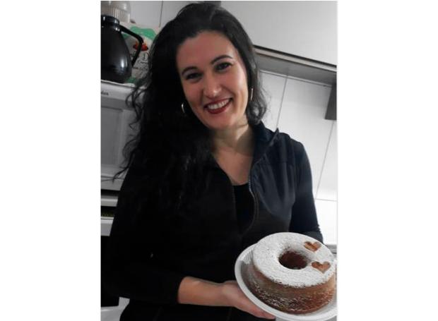 Aprenda a fazer o bolo de maçã com canela da Daniane Arquivo Pessoal/