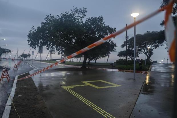 Novas restrições à circulação e ao comércio entram em vigor em Porto Alegre na terça-feira; veja as regras Isadora Neumann/Agencia RBS