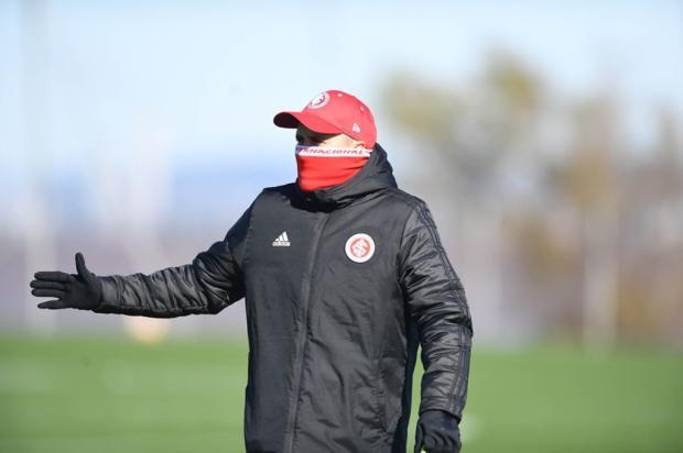Lelê Bortholacci: sigo curioso para saber o Inter que Coudet mandará a campo Ricardo Duarte / Divulgação/Inter/Divulgação/Inter