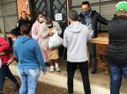 Famílias atingidas por enchentes recebem doações na Ilha do Pavão Caroline Pacheco/Arquivo pessoal