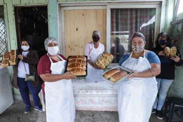 Lições de vida e de empreendedorismo saem do forno na Vila Timbaúva, zona norte de Porto Alegre Isadora Neumann/Agencia RBS