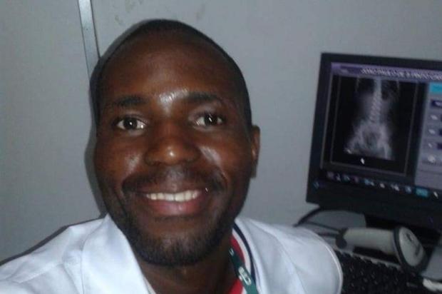 Angolano baleado pela BM e preso injustamente volta para casa após dois meses no RS Arquivo Pessoal/Arquivo Pessoal