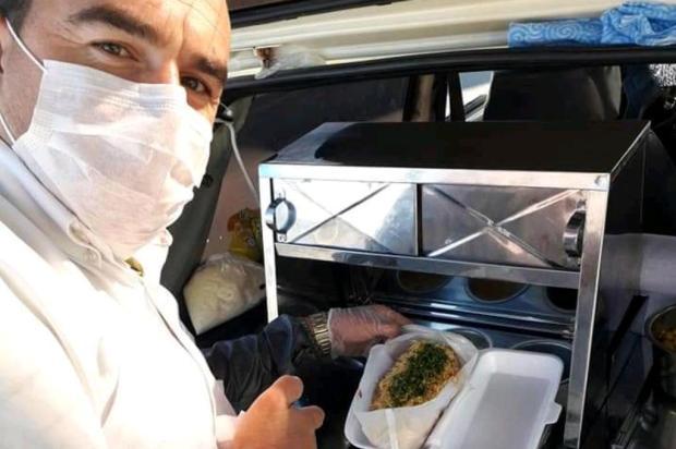 Tio do Lanche, em Esteio, doa cachorros-quentes para pessoas em situação de rua arquivo pessoal/arquivo pessoal