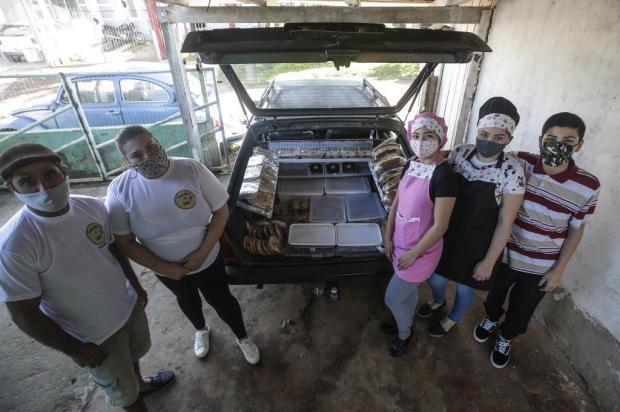 Família de Gravataí cria padaria móvel para manter a renda durante a crise André Ávila/Agencia RBS