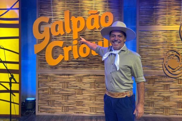 """Neto Fagundes completa 20 anos como apresentador do """"Galpão Crioulo"""": ¿Uso muito do que aprendi com tio Nico¿ Francielly Brites/RBS TV"""