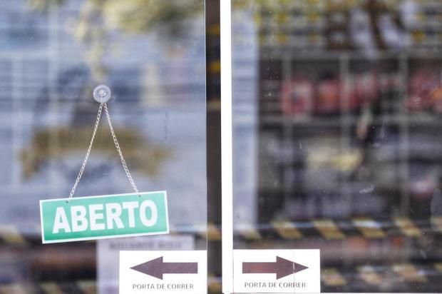 Lojistas e donos de bares comemoram novas flexibilizações de atividades em Porto Alegre Lauro Alves/Agencia RBS