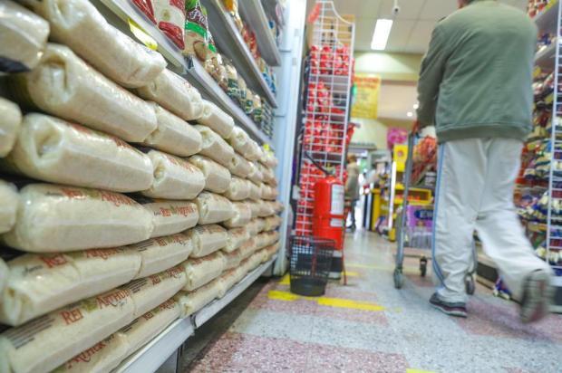 Susto no súper: preço do arroz sobe 17,91% em agosto em relação ao mês anterior Isadora Neumann/Agencia RBS