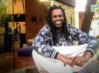 """Manoel Soares se prepara para apresentar o """"É de Casa"""": """"Conseguirei dar vazão para muitas pautas do eixo social"""" TV Globo/Divulgação/TV Globo/Divulgação"""