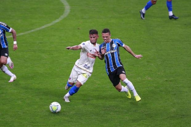 Cacalo: o que falta ao Grêmio não é fôlego, mas força e explosão Isadora Neumann/Agencia RBS
