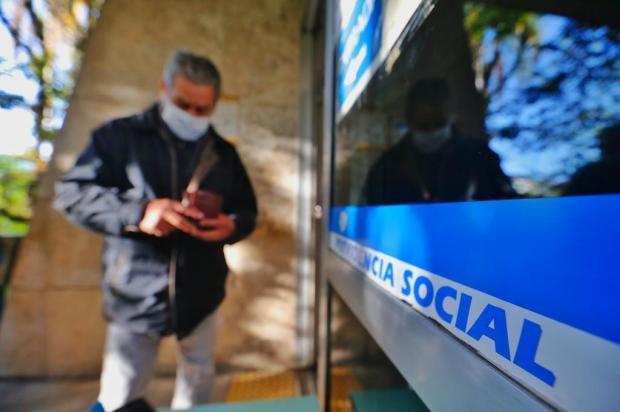 Economistas e aposentados consideram aumento do INSS insuficiente para cobrir gastos Lauro Alves/Agencia RBS