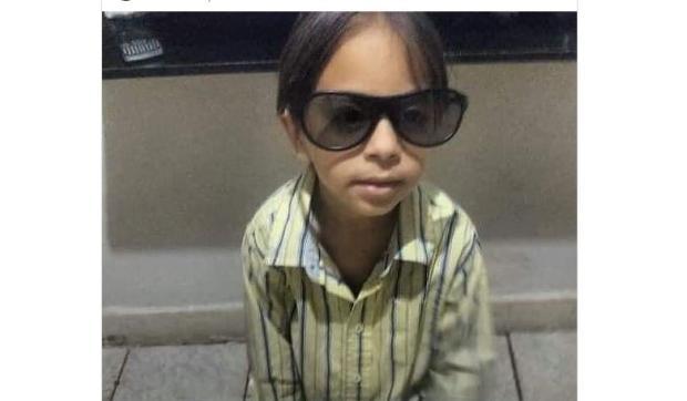 Criança celebra aniversário vestida de Agostinho e ganha parabéns de Pedro Cardoso Twitter / Reprodução/Reprodução