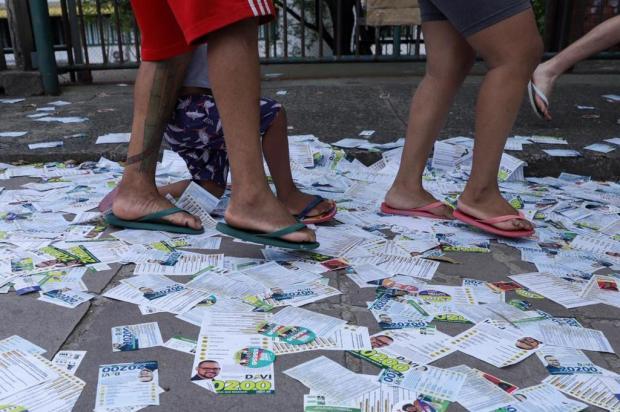 Mais de uma tonelada de lixo é recolhida após eleições em Porto Alegre Isadora Neumann/Agencia RBS