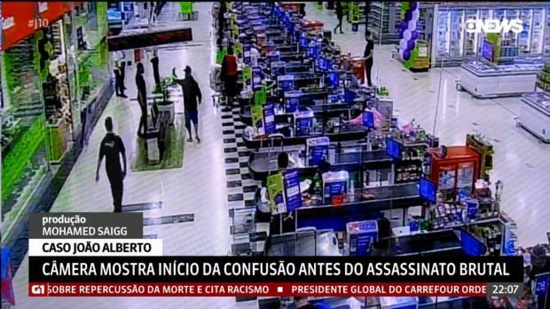 Fiscal de caixa que diz ter sido intimidada por João Alberto é ouvida pela polícia; veja o que ela fala em depoimento TV Globo / Reprodução/Reprodução