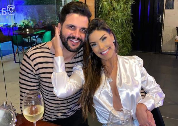 """Ex-BBB Ivy Moraes esclarece boatos de traição do noivo: """"Passamos por uma fase difícil"""" Ivy Moraes Instagram / Reprodução/Reprodução"""