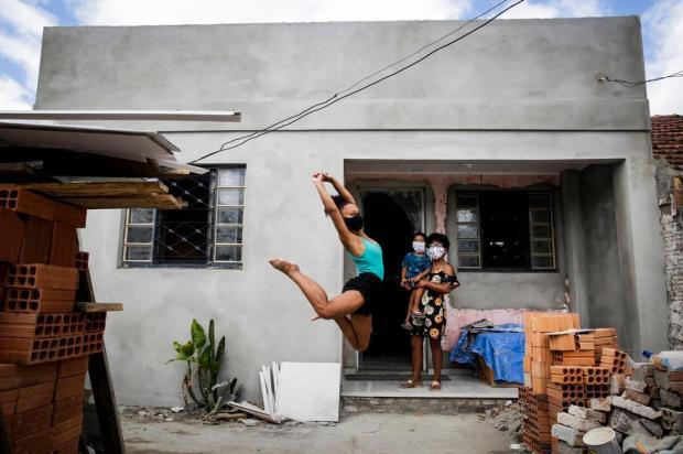 Muito além do telhado: bailarina Marielly ganha uma casa nova no bairro Restinga Mateus Bruxel/Agencia RBS