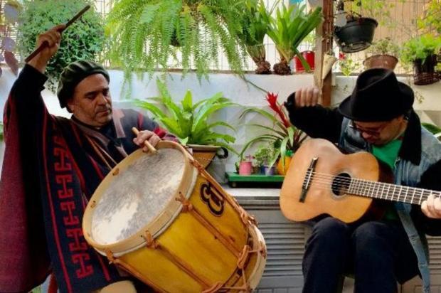 Anos de estrada e primeira parceria instrumental Renata Scandolara/Divulgação