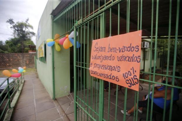 Com balões, moradores comemoram reabertura de posto de saúde fechado há mais de 30 dias na zona norte de Porto Alegre André Ávila / Agencia RBS/Agencia RBS